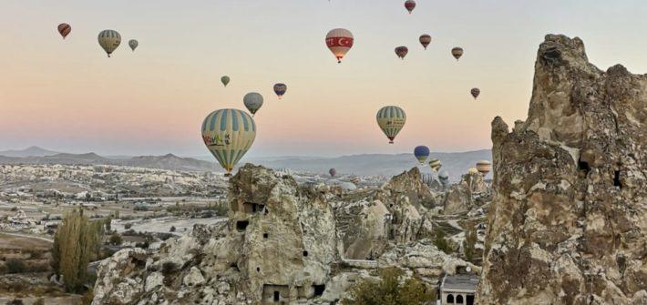 Sobrevolando Capadocia | Mi Mundo Travel Planner
